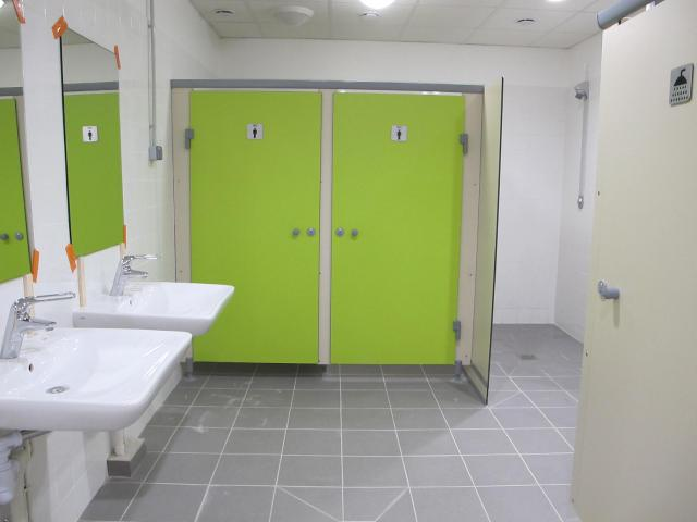 Douches et wc vestiaires scolaires 1